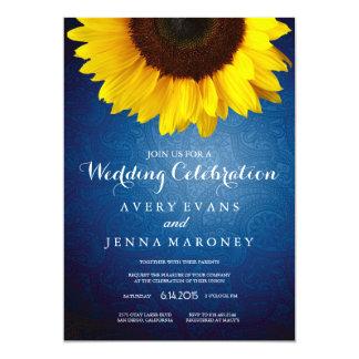 Jean azul y invitación amarilla del boda del