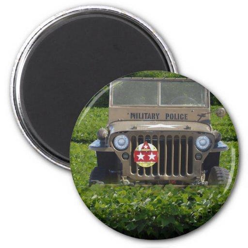 Jeep de los militares del estilo del vintage iman de frigorífico
