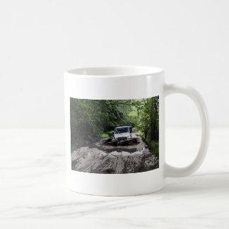 Jeep enselvado tazas de café