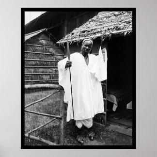 Jefe africano en la exposición Cacerola-Americana  Póster