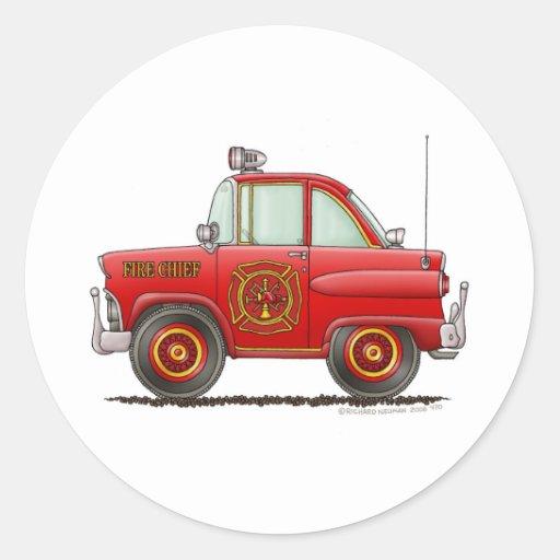 Jefe de bomberos del coche del bombero del bombero etiquetas redondas