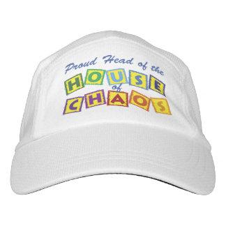 Jefe de la casa del caos gorra de alto rendimiento