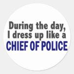 Jefe de policía durante el día pegatina redonda