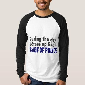 Jefe de policía durante el día playeras