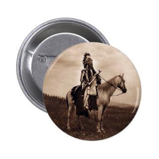 Jefe indio de la guerra del vintage pin redondo de 2 pulgadas