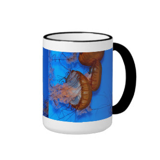 Jellyfish in an Aquarium Ringer Mug