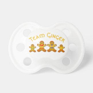 Jengibre afortunado del equipo para el jengibre y chupetes de bebé