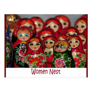 Jerarquía de las mujeres muñecas rusas de la jera tarjeta postal