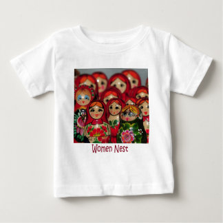 Jerarquía de las mujeres, muñecas rusas de la camiseta