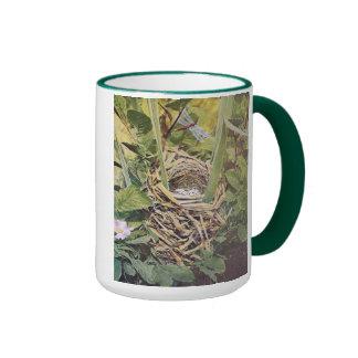 Jerarquía del mirlo de alas rojas taza de café