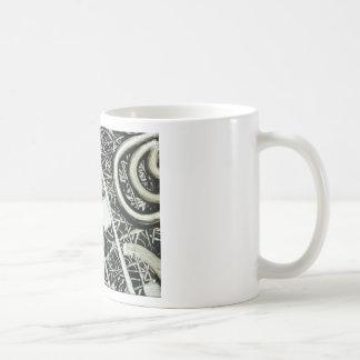 Jeroglífico metálico taza