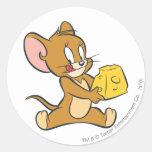 Jerry tiene gusto de su queso pegatina redonda