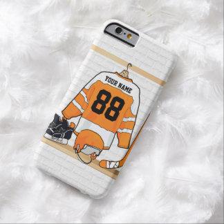 Jersey anaranjado y blanco personalizado del funda de iPhone 6 barely there