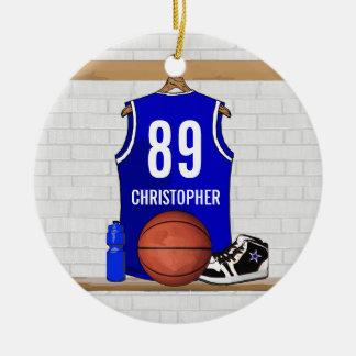 Jersey azul y blanco personalizado del baloncesto adorno navideño redondo de cerámica
