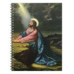 Jesucristo del vintage que ruega en Gethsemane Libro De Apuntes Con Espiral