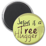 Jesús abraza árboles iman