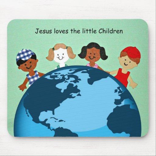 Jesús ama a los pequeños niños tapetes de raton