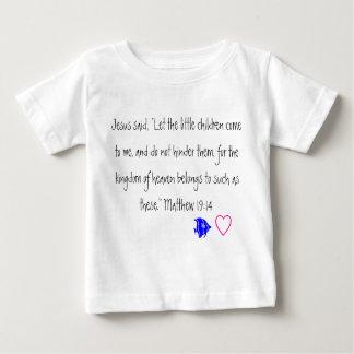 Jesús ama la camiseta del niño de los pequeños playeras