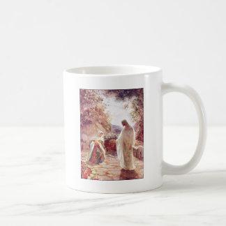 Jesús aparece a Maria Magdalena Tazas De Café