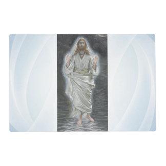 Jesús camina en el placemat laminado mar salvamanteles