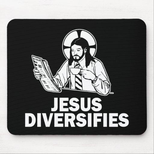 Jesús diversifica tapete de raton