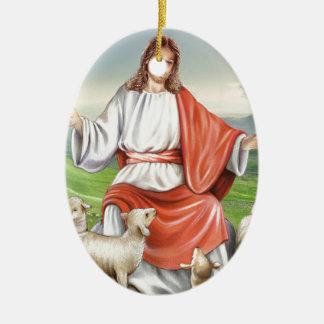 Jesús el buen pastor adorno navideño ovalado de cerámica