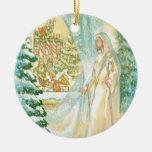 Jesús en el navidad que mira con el velo de la nie ornamentos de reyes