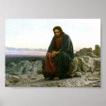Jesús en una roca en el desierto posters