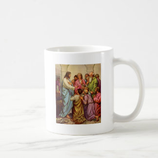 Jesús enseña a un nuevo mandamiento taza