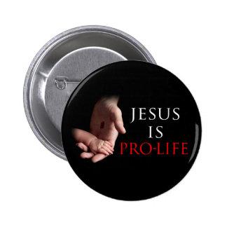 Jesús es antiabortista pin redondo de 2 pulgadas