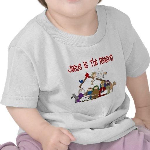 Jesús es la escena del pesebre de la razón camiseta