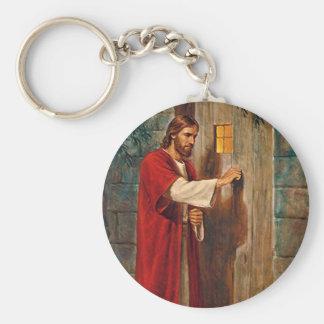 Jesús golpea en la puerta llavero redondo tipo pin