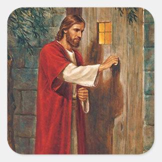 Jesús golpea en la puerta pegatina cuadrada