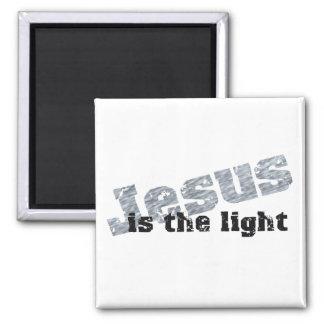 Jesus is the light 2 Effet gris noir 2 Inch Square Magnet