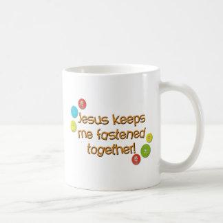 Jesus keeps me fastened together Mug