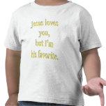 Jesús le ama camiseta del niño