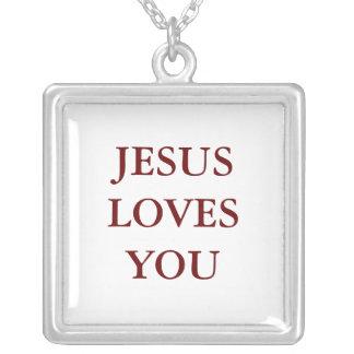 Jesús le ama colgante cuadrado