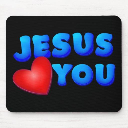 Jesús le ama mouse pad