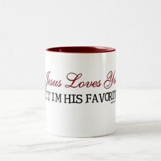 Jesús le ama preferido taza de dos tonos