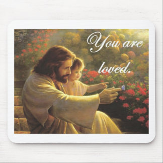 Jesús le aman alfombrilla de raton