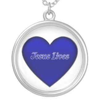 Jesus lives 3D Heart Necklace