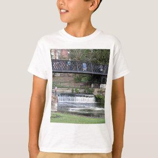 Jesus Lock footbridge, Cambridge T-Shirt