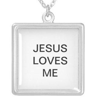 JESÚS ME AMA COLGANTE CUADRADO