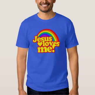 Jesús me ama (con el arco iris) playera