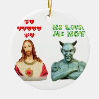 Jesús me ama… los amores satan yo no… adorno redondo de cerámica