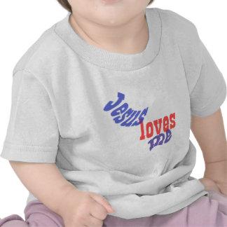 Jesús me ama camisetas