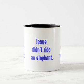 Jesús no montó el elefante taza de café