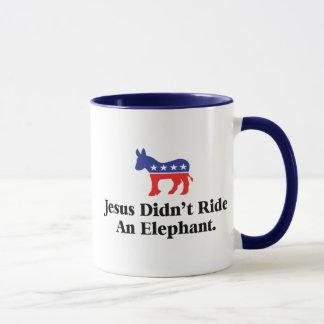 Jesús no montó un elefante taza