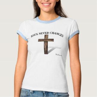 JESÚS NUNCA CAMBIA POLERAS