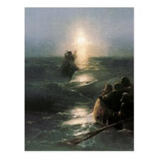 Jesús que camina en los mares tempestuosos postales